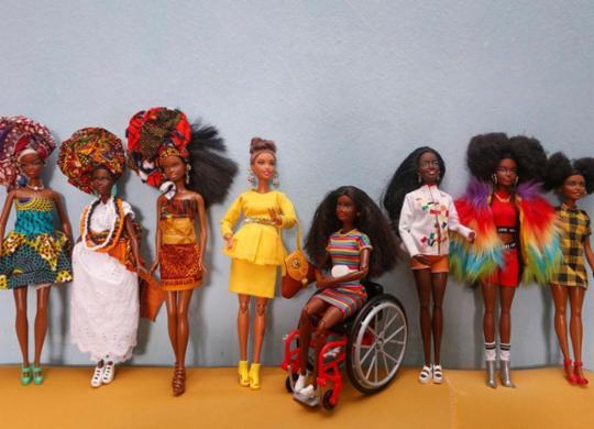 Barbies e pandemia: a coleção de Mary, baiana de acarajé   Olga Leiria   Ag. A TARDE