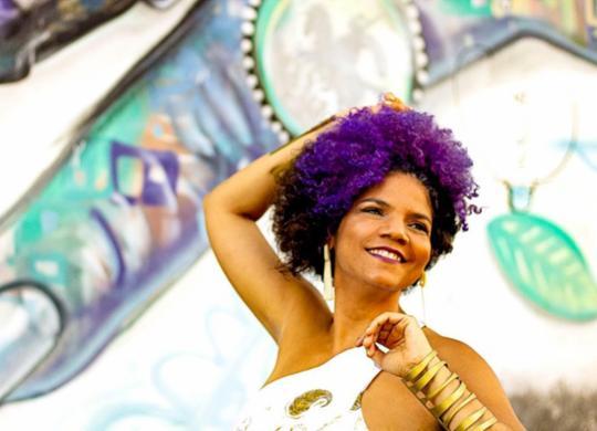 Juliana Ribeiro lança Preta Brasileira, disco em que reafirma o lugar da mulher negra e artista   Divulgação