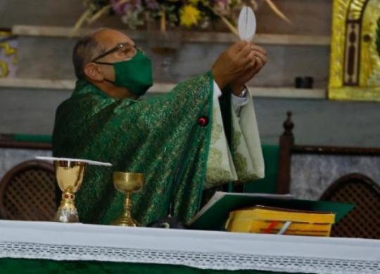 Devotos festejam dia de Santo Antônio em Salvador | Rafael Martins | Ag. A TARDE