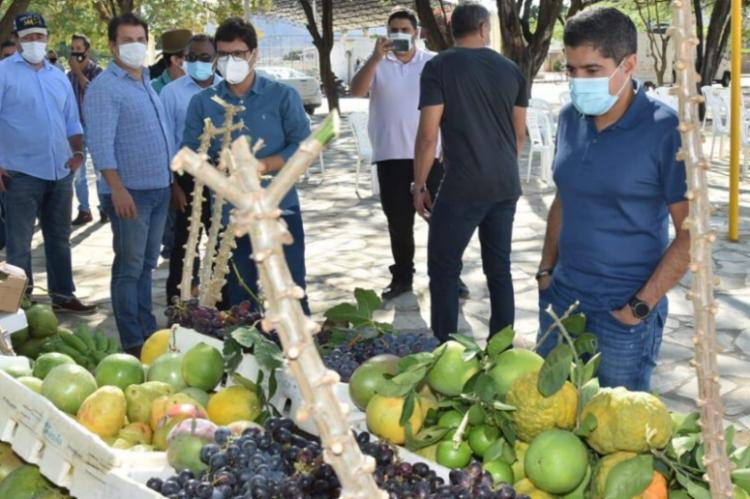 O ex-prefeito de Salvador e virtual candidato ao governo do estado em 2022 visitou um projeto de irrigação em Guanambi | Foto: Divulgação - Foto: Divulgação