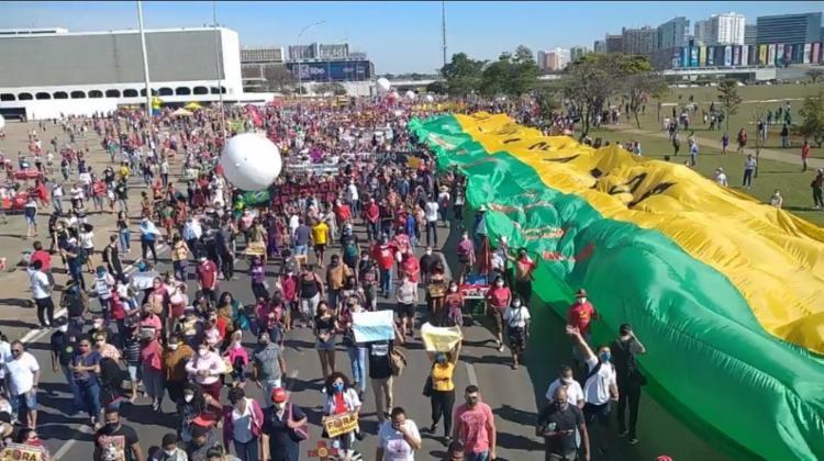 Até às 13h, atos foram registrados em Brasília e em 14 capitais do país - Foto: Reprodução: Jornalistas Livres