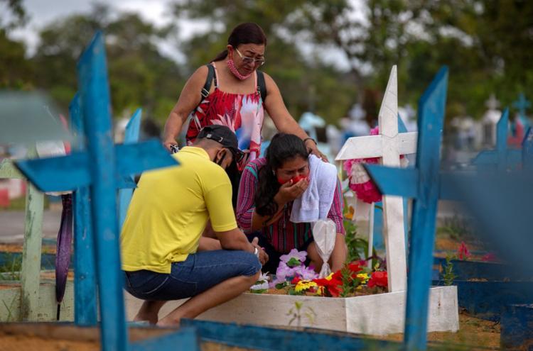 No total, são 15.718.593 de recuperados desde o início da pandemia   Foto: Michael Dantas   AFP - Foto: Michael Dantas   AFP