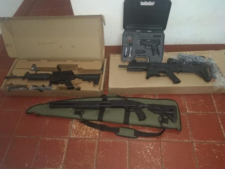 Armas foram encaminhadas para a DT para que as medidas cabíveis sejam tomadas | Foto: Divulgação | Polícia Civil - Foto: Divulgação | Polícia Civil