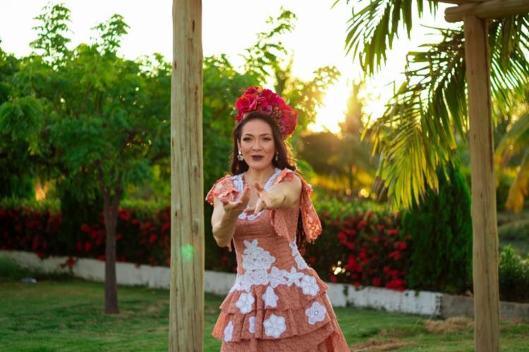 Cantora tem mais de 20 anos na música | Foto: Divulgação - Foto: Divulgação