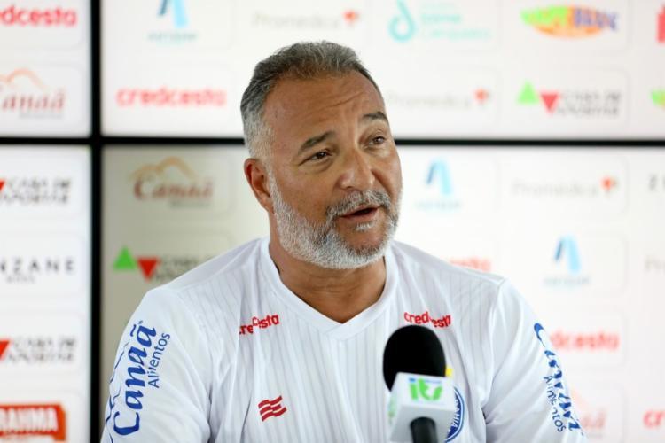 Dr. Luiz Sapucaia, chefe do departamento médico do Bahia | Foto: Felipe Oliveira | EC Bahia