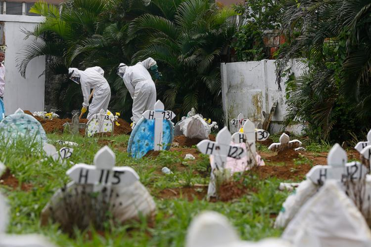 Em 24 horas, foram registradas 2.495 novas mortes   Foto: Rafael Martins   Ag: A TARDE   22.4.2020 - Foto: Rafael Martins   Ag: A TARDE   22.4.2020