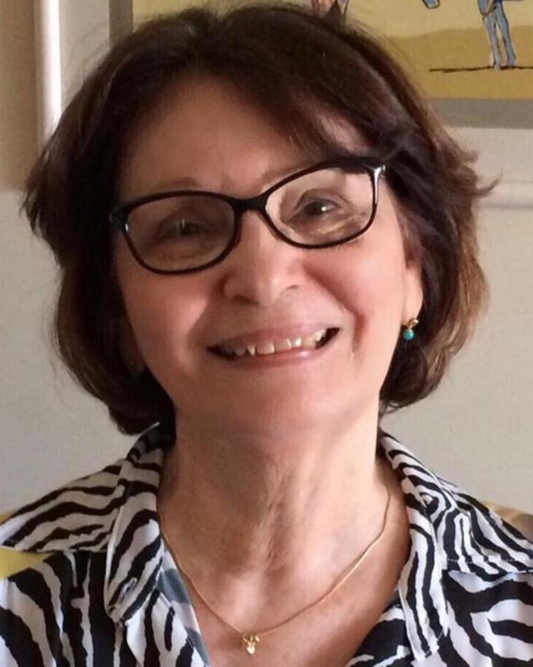 Eleita com 29 votos, a escritora Heloísa Prazeres, 74, agora passa a ocupar a cadeira de número 26 da Academia de Letras da Bahia - Foto: Divulgação