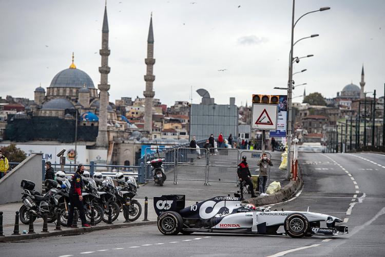 A previsão é de que será disputado uma semana após o GP da Rússia   Foto: Yasin AKGUL   AFP - Foto: Yasin AKGUL   AFP