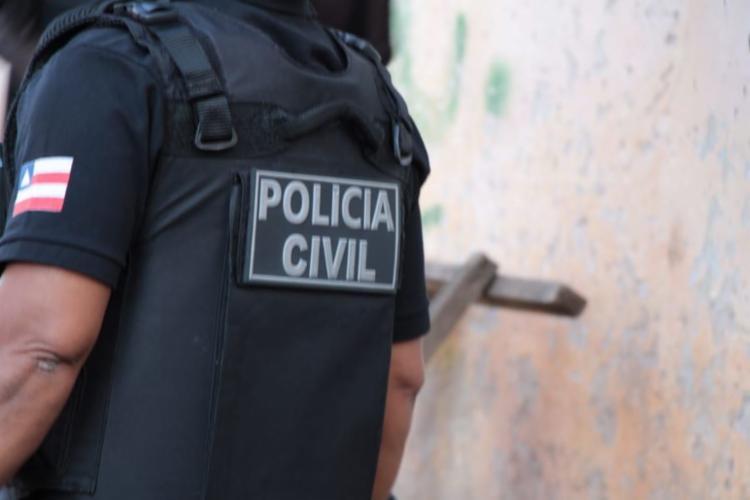 Homem disse que jogou o animal com o intuito de afastá-lo de sua residência   Foto: Divulgação   Ascom PC - Foto: Divulgação   Ascom PC