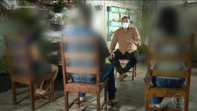 Com medo, mãe, o pai e a filha se mudaram do lugar | Foto: Reprodução | TV Globo - Foto: Reprodução | TV Globo