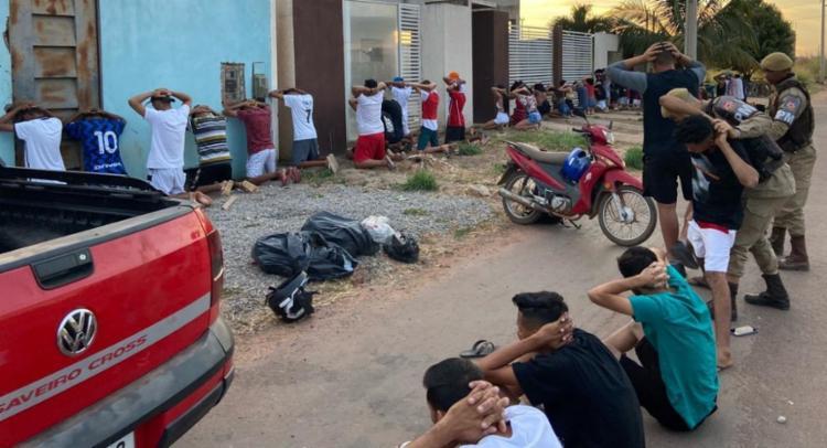 Um homem com passagens por tráfico de drogas, apontado como organizador, também foi encaminhado | Foto: Divulgação | SSP-BA - Foto: Divulgação | SSP-BA