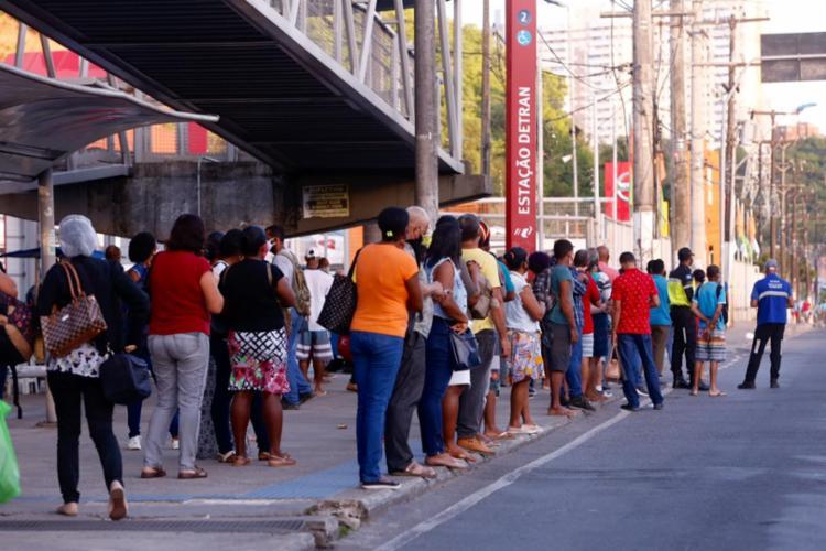 Greve de ônibus é vista como alternativa para categoria | Foto: Olga Leiria | Ag. A TARDE - Foto: Olga Leiria | Ag. A TARDE