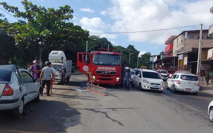 Acidente aconteceu próximo à Estação Pirajá | Foto: Divulgação | Corpo de Bombeiros - Foto: Divulgação | Corpo de Bombeiros
