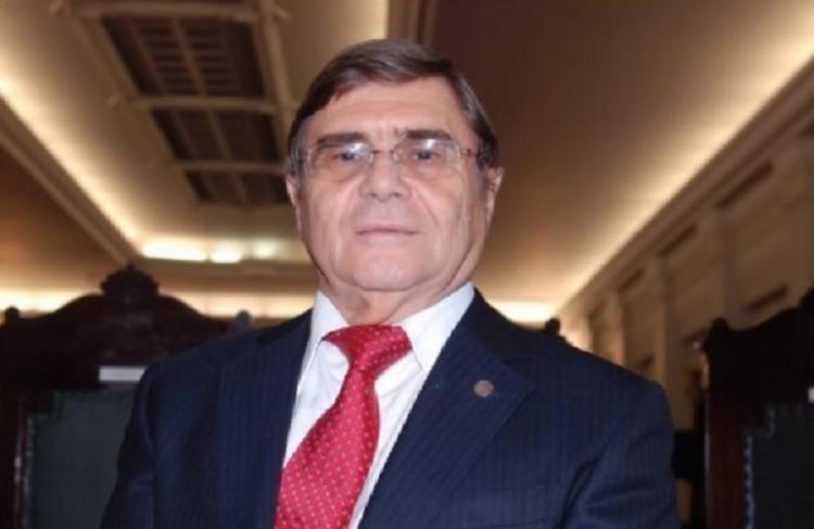 MORRE, SAUL QUADROS, EX-PRESIDENTE DA OAB-BA