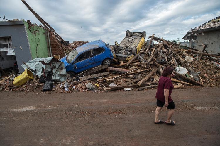 A tempestade afetou mais de 1.000 residências na região | Foto: Michal Cizek | AFP - Foto: Michal Cizek | AFP
