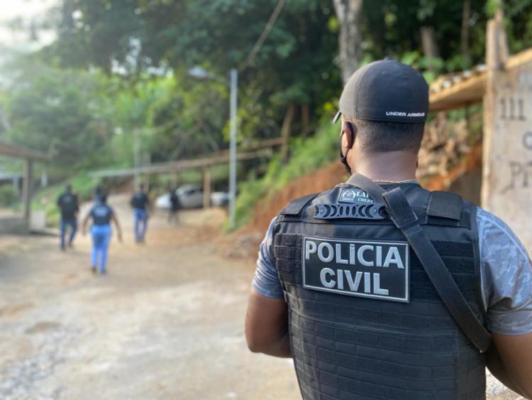 Homem estava foragido por tráfico de drogas   Foto: Divulgação   Polícia Civil - Foto: Divulgação   Polícia Civil