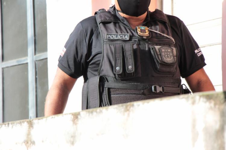Homem deve prestar depoimento e ser submetido ao exame de lesões corporais   Foto: Divulgação   Polícia Civil - Foto: Divulgação   Polícia Civil