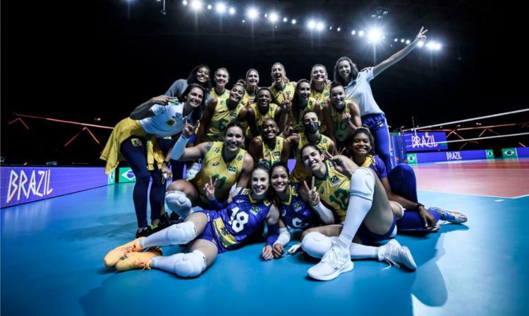 Foi a 12ª vitória das comandadas de José Roberto Guimarães em 14 rodadas - Foto: FIVB/Divulgação