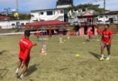 Elenco realiza regenerativo e torneio de futevôlei na Toca do Leão | Foto: Divulgação | EC Vitória