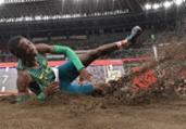 Brasileiros ficam fora da final do salto em distância | Ben Stansall | AFP