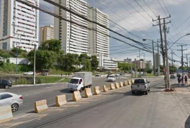 Motorista dorme ao volante e causa acidente no Imbuí | Reprodução | Google Street View