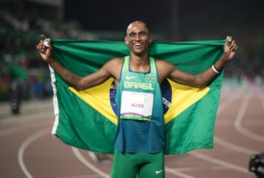 Alison dos Santos avança à semifinal dos 400m com barreiras | Jonne Roriz | COB
