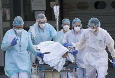 Brasil acumula 554 mil mortes e 19,8 milhões de infectados pela Covid-19 | Sebastien Bozon | AFP