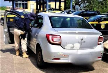 Carro com mais de R$ 60 mil em multas é apreendido na BR 101