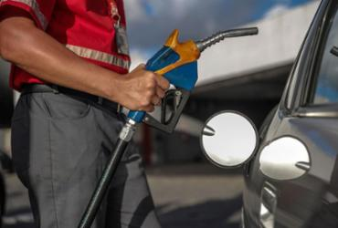 Preço médio da gasolina sobe pela 7ª semana consecutiva, diz ANP | Uendel Galter | Ag A TARDE