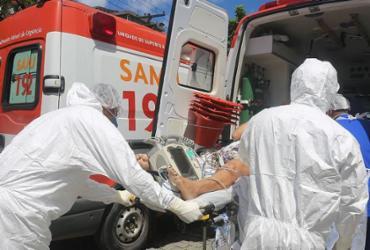 País registra em 24 horas 57,7 mil casos e 1,5 mil mortes por Covid-19   Olga Leiria   Ag. A TARDE
