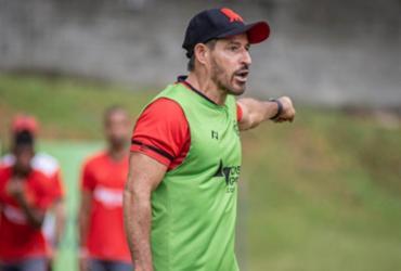 Ramon Menezes deixa comando do Vitória após dois meses no cargo | Pietro Carpi | EC Vitória
