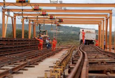 Vamos Debater trata do elo ferrovia-porto