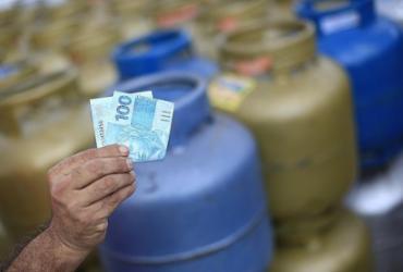 Governo pretende criar vale-gás para evitar intervenção no mercado e conter impopularidade | Reprodução / Redes Sociais