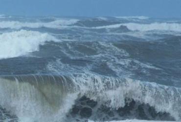 Marinha emite alerta de ondas de até quatro metros de altura em Salvador | Reprodução