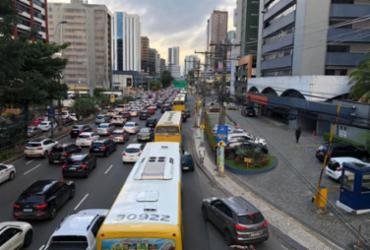 Avenida Tancredo Neves vai ter desvio no trânsito a partir deste sábado | Nelson Luis | Ag. A TARDE