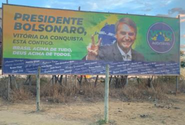 Dois anos depois, outdoors voltam a causar polêmica em Vitória da Conquista | Reprodução / Twitter