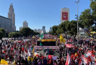 Milhares saem às ruas de todo o Brasil para protestar contra governo Bolsonaro | Thiago Süssekind