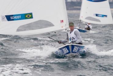 Robert Scheidt cai para a 6º colocação na classe Laser |
