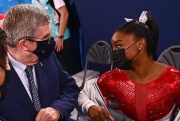 Presidente do COI elogia Simone Biles por 'coragem' |