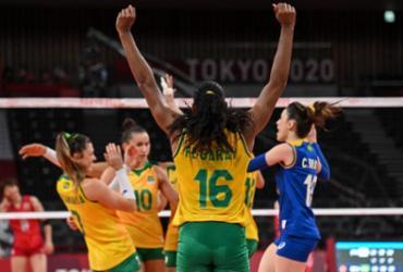 Vôlei: Brasil atropela Japão, mas perde levantadora por lesão | Angela Weiss | AFP