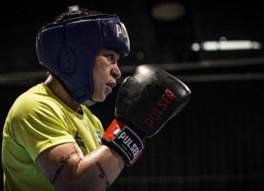 Boxe: Bia Ferreira estreia com vitória e vai às quartas de final   Rafael Bello   COB