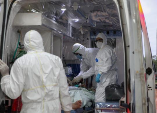 Com 587 óbitos em 24h, Brasil ultrapassa marca de 550 mil mortes pela Covid-19 | Foto: Odair Leal/Secom