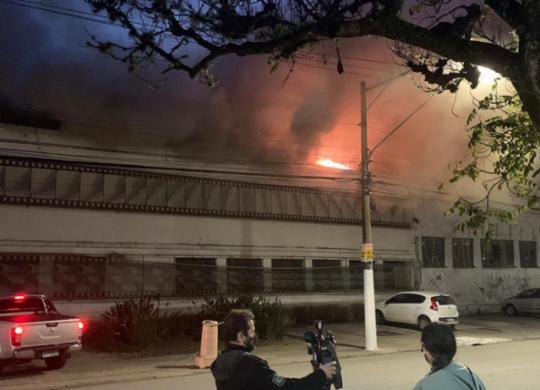 Incêndio na Cinemateca é resultado de descaso do governo, apontam senadores   Reprodução/ Twitter
