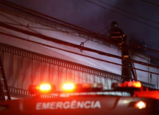 Um dia após incêndio, governo federal começa busca por gestão para a Cinemateca | Carla Carniel