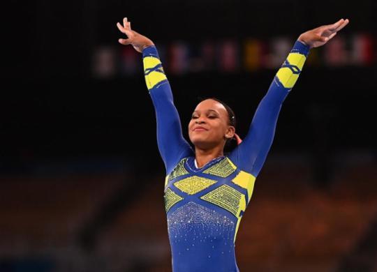 Rebeca Andrade dá show e conquista inédita prata na ginástica artística em Tóquio | Loic Venance | AFP