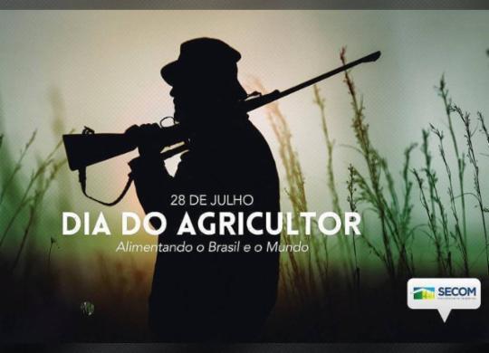 Comunicação de Bolsonaro diz que foto de homem com arma foi tirada de contexto | Reprodução / Twitter