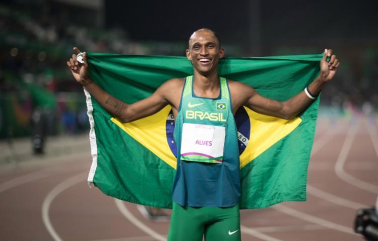 Ele completou a prova com o tempo de 48s42, atrás somente de Arderrahman Samba, do Catar   Foto: Jonne Roriz   COB - Foto: Jonne Roriz   COB
