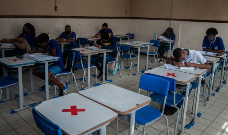 Aulas semipresenciais foram retomadas hoje | Foto: Felipe Iruatã | Ag. A TARDE - Foto: Felipe iruatã/Ag a tarde