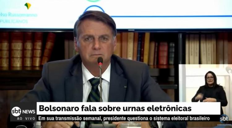 Bolsonaro atacou o o presidente do Tribunal Superior Eleitoral (TSE) em transmissão | Foto: Reprodução | YouTube - Foto: Reprodução | YouTube