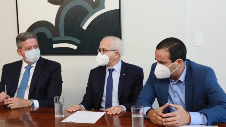 Reunião com integrantes da Frente Nacional dos Prefeitos (FNP) aconteceu na residência oficial da Câmara dos Deputados | Foto: Reprodução | Twitter - Foto: Reprodução | Twitter